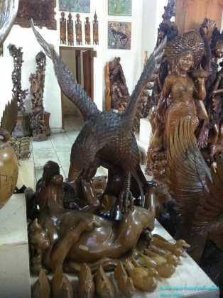 Wood Carving of Garuda (2)
